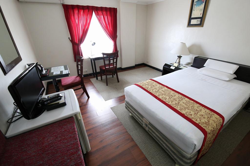 Room 206-01