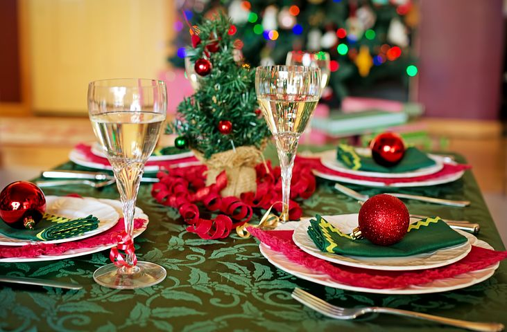 christmas-table-1909797__480